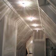 maler-wedel-hamburg-vorher-nachher-innen-vorher-dach-beleuchtung