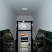maler-wedel-hamburg-innenarbeiten-hauseingang-altbau