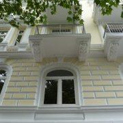 maler-wedel-hamburg-vorher-nachher-aussen-nachher-fassade-gelb-detail