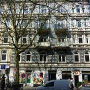maler-wedel-hamburg-vorher-nachher-aussen-vorher-fassade-clk-und-firma