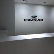 Maler-für-Wedel-und-Hamburg-Innenarbeiten-Engel-Völkers-Eingangsbereich