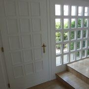 Maler-für-Wedel-und-Hamburg-Innenarbeiten-Hauseingang
