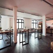 Maler-für-Wedel-und-Hamburg-Innenarbeiten-Karoline-Tische